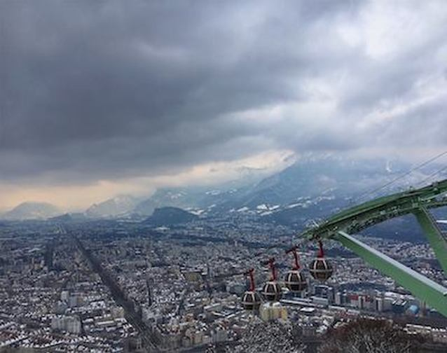 Grenoble and the Grenobubbles | Photo courtesy of Sophia Fortmeyer @sophiafortmeyer