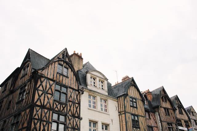 Place Plumereau in Tours, France Photo Credit: Alex Baldwin @francofillephotos @alexandrabaldwin1