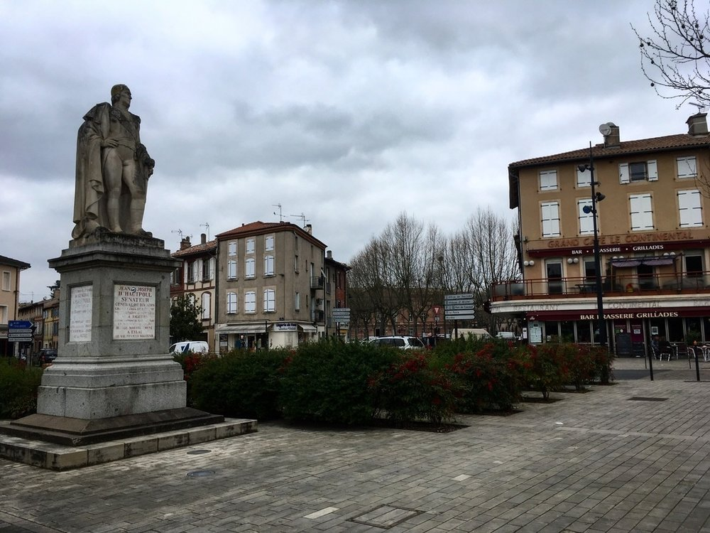 Place de la Liberation, Gaillac, France | Photo courtesy of @soyouthinkyoucan_france