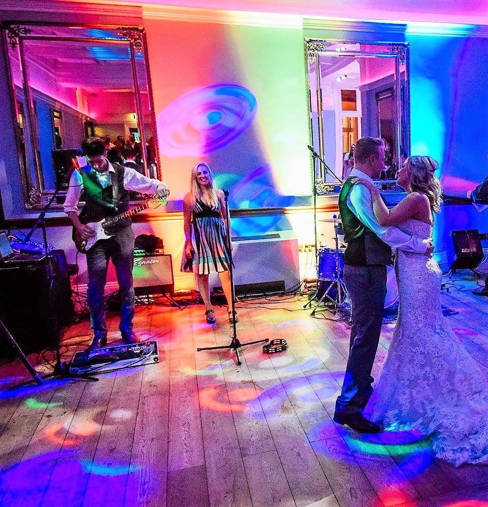 Taylormade Acoustic Duo Wawickshire Wedding