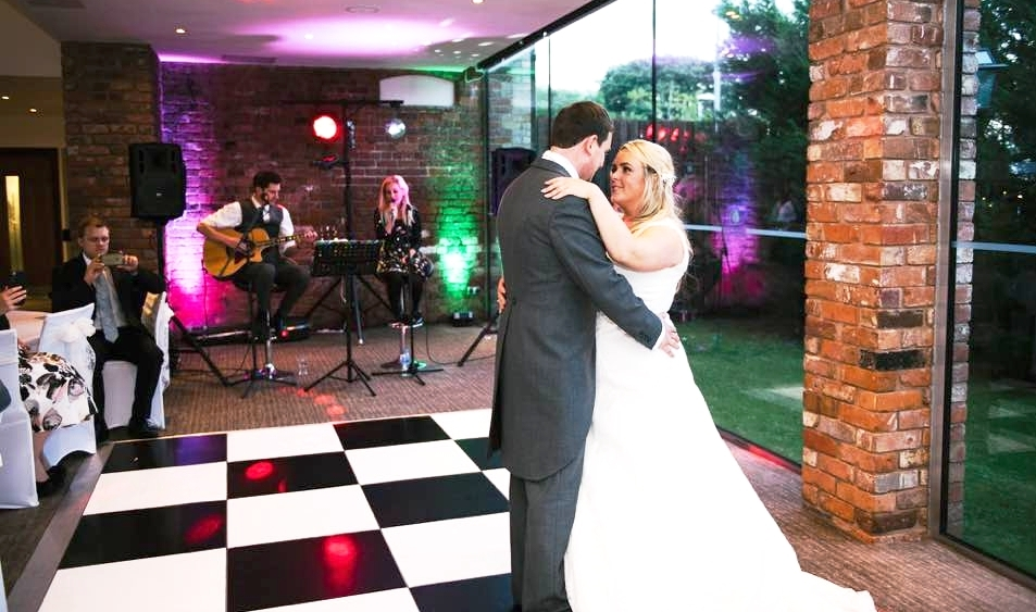 Taylormade Acoustic Duo Northamptonshire Wedding