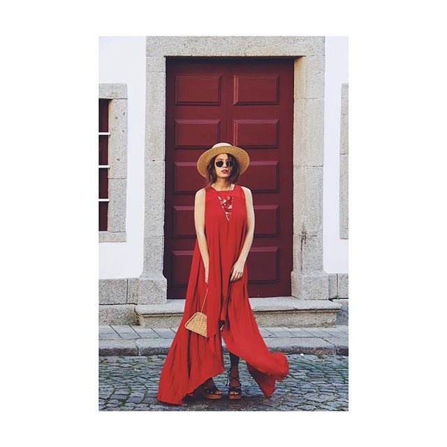 Repost: @xicacoliveira wearing our favorite red dress ✨ [ref: SS18DRS13]