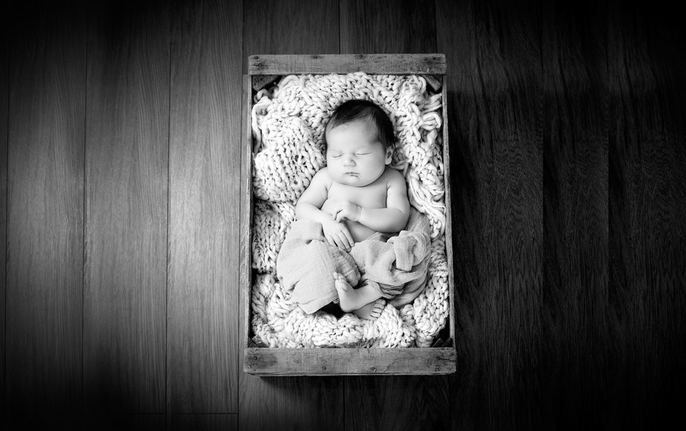 derry-newborn-photographyagain.jpg