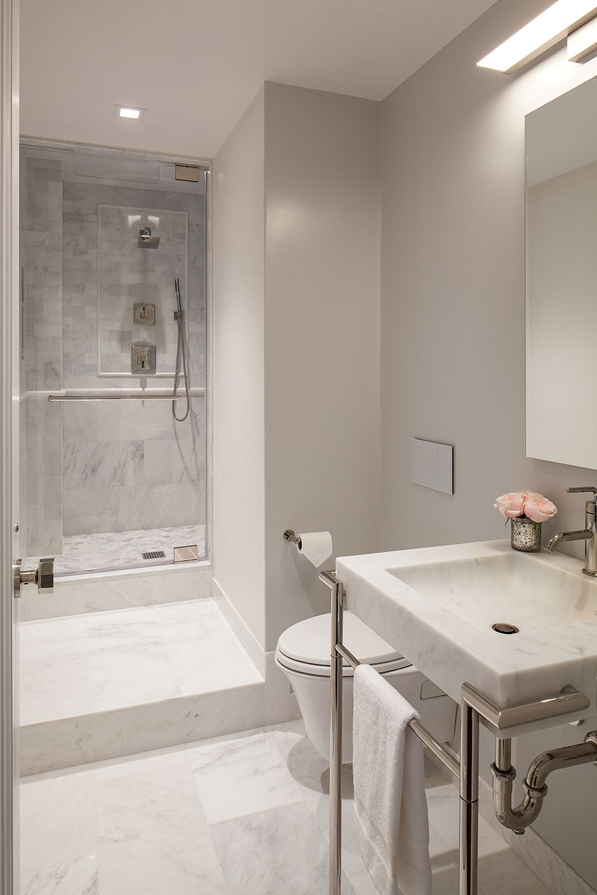 Upper East Side Apartment - Guest Bathroom