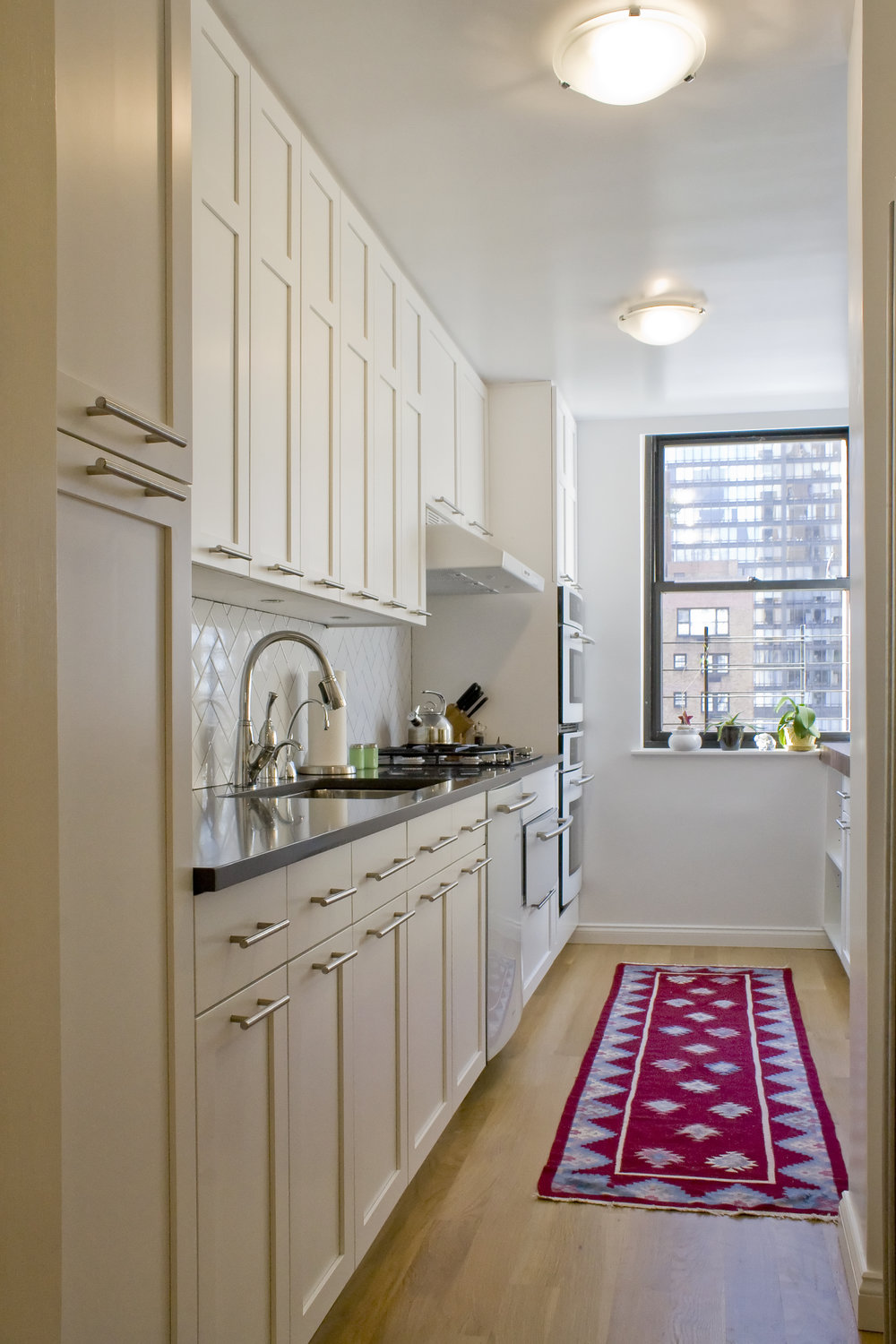 Beekman Place Apartment - Kitchen