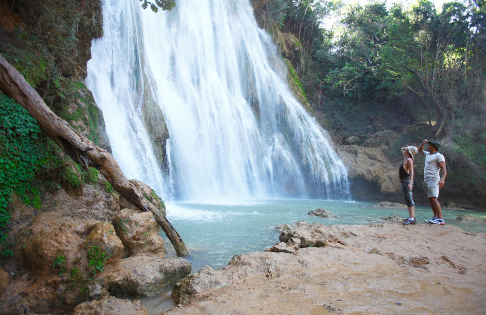 3. El Salto del Limón (The Waterfall at Limón):  Gear up for a hike or a horseback ride because Mother Nature doesn't disappoint with this 40m tall waterfall with refreshing natural pools beneath.