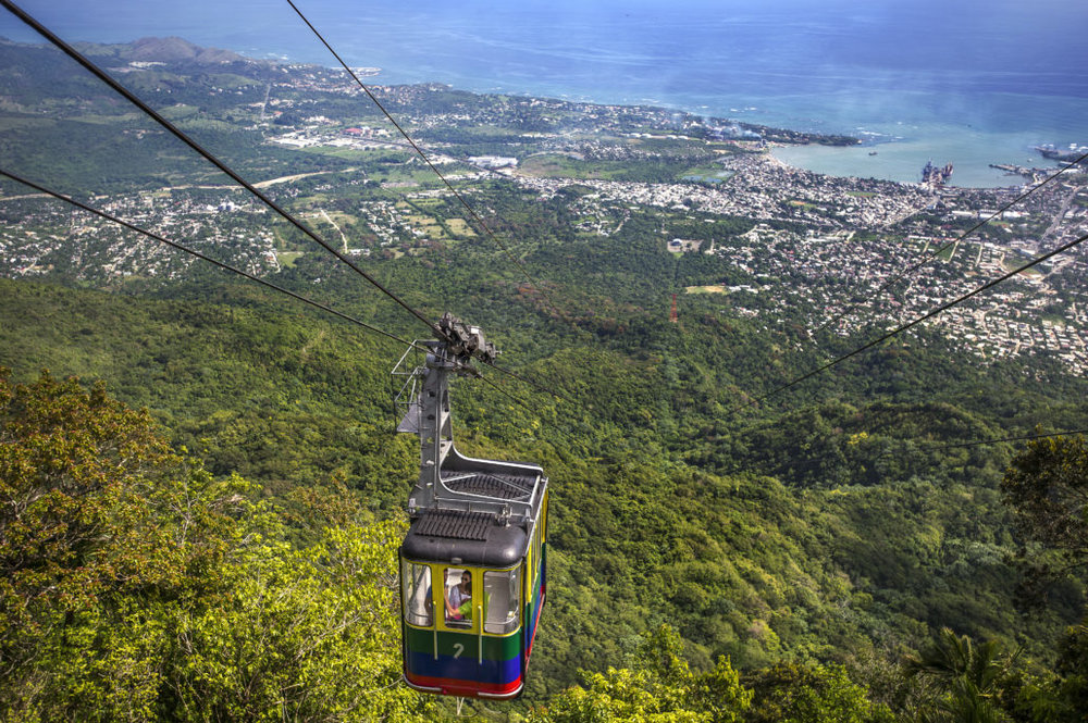5.   El Teleférico de Puerto Plata (Puerto Plata cable car):  Brave the climb up the Isabel de Torres Mountain in the renowned cable car. Enjoy scenic views of the city and get a beautiful, birds-eye-view of Puerto Plata.