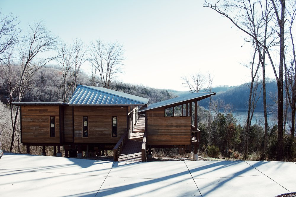 treehouse-centerhill-lake-tennessee-winter-getaway-girls-weekend-trip.JPG
