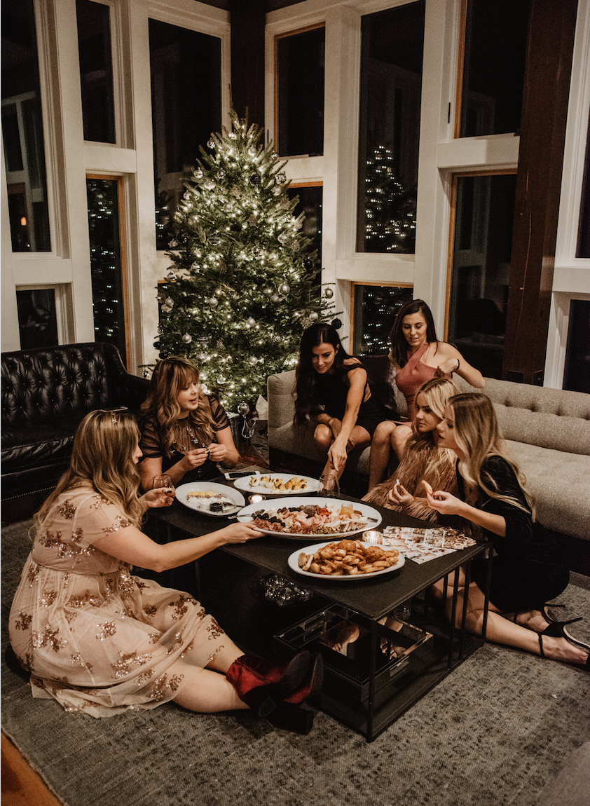 christmas-tree-getaway-winter-bright-interior-12th-table-decor-caviar-and-bananas-appetizers-christmas-tree-girls-trip.jpg
