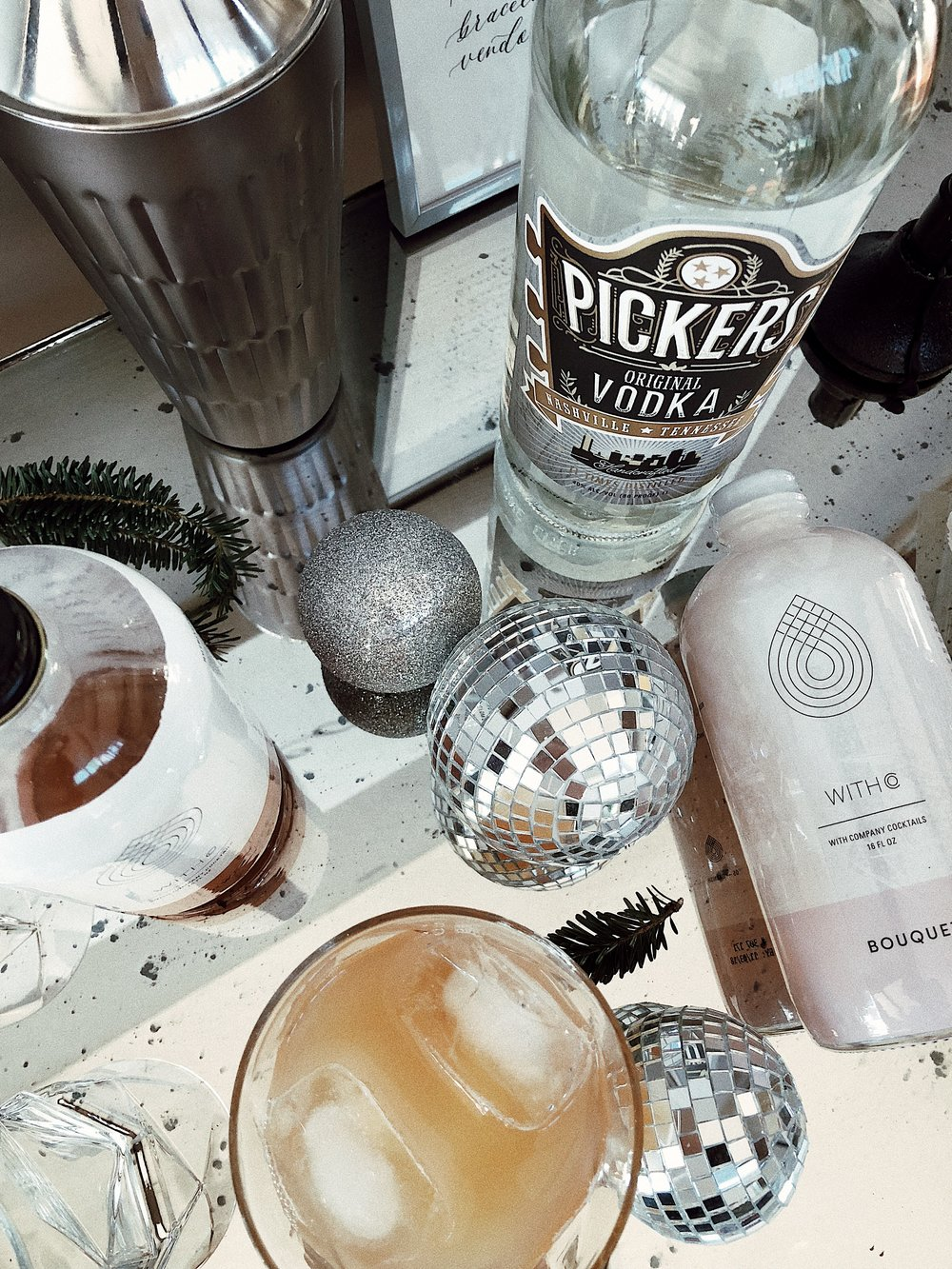 christmas-holiday-womens-retreat-cocktails-and-company-withco-pickers-vodka-bar-cart-tennessee.jpg