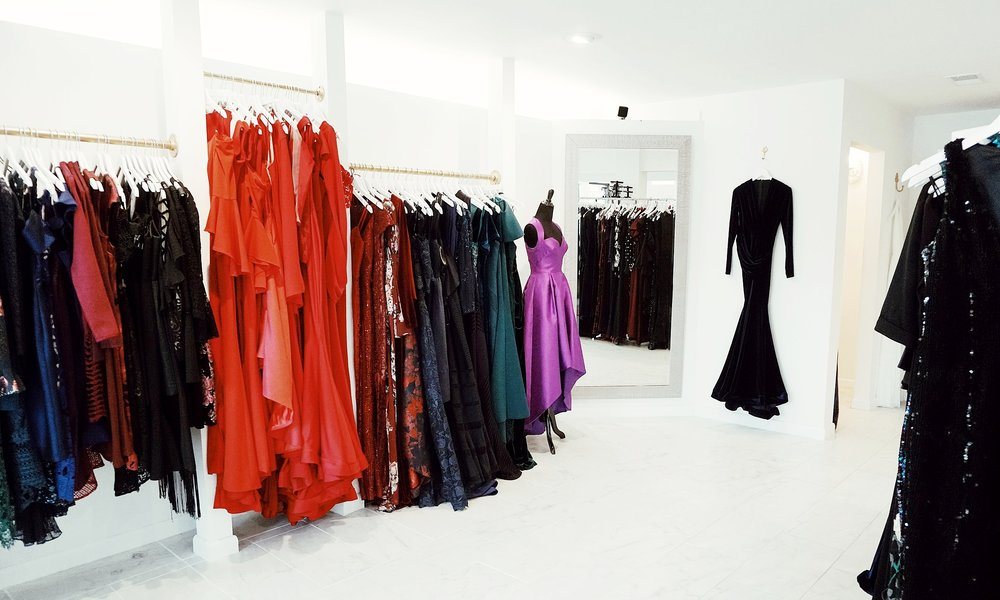 the-showroom-nashville-where-to-shop-event-bachelorette-girls-night-out.jpg