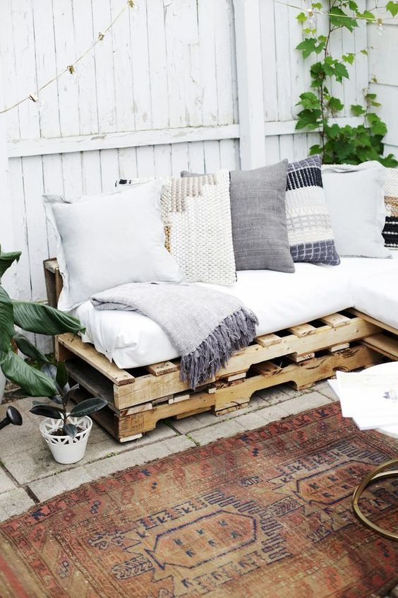 backyard-inspo-casa-de-colleen.jpg