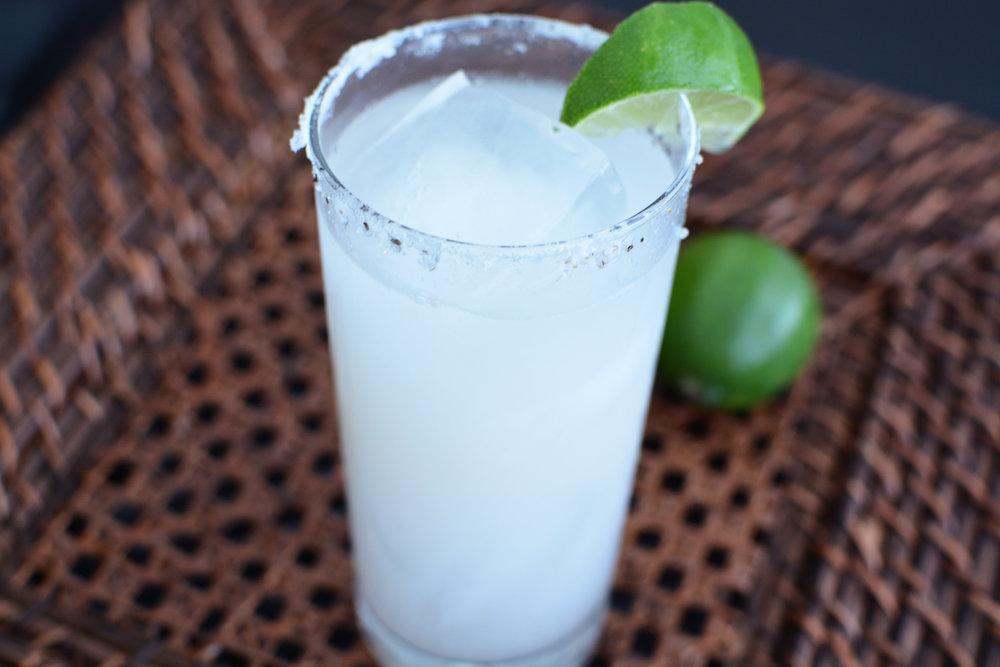 best-skinny-coconut-margarita-recipe-healthy.jpg