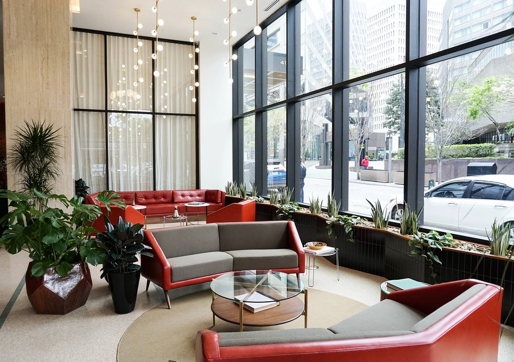 the-fairlane-hotel-downtown-nashville-where-to-stay.jpg