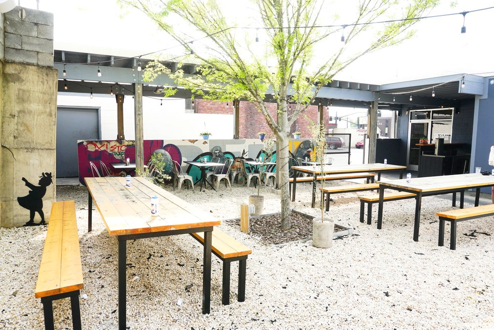 outdoor-patios-nashville-tennessee-where-to-eat.jpg