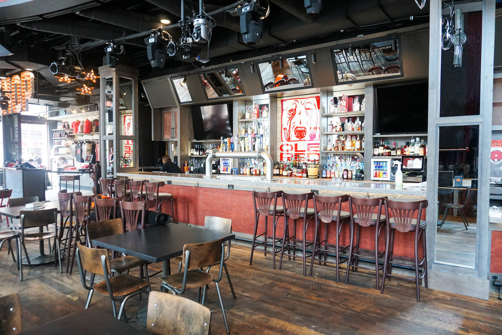 ole-red-live-music-venue-broadway-bars.jpg
