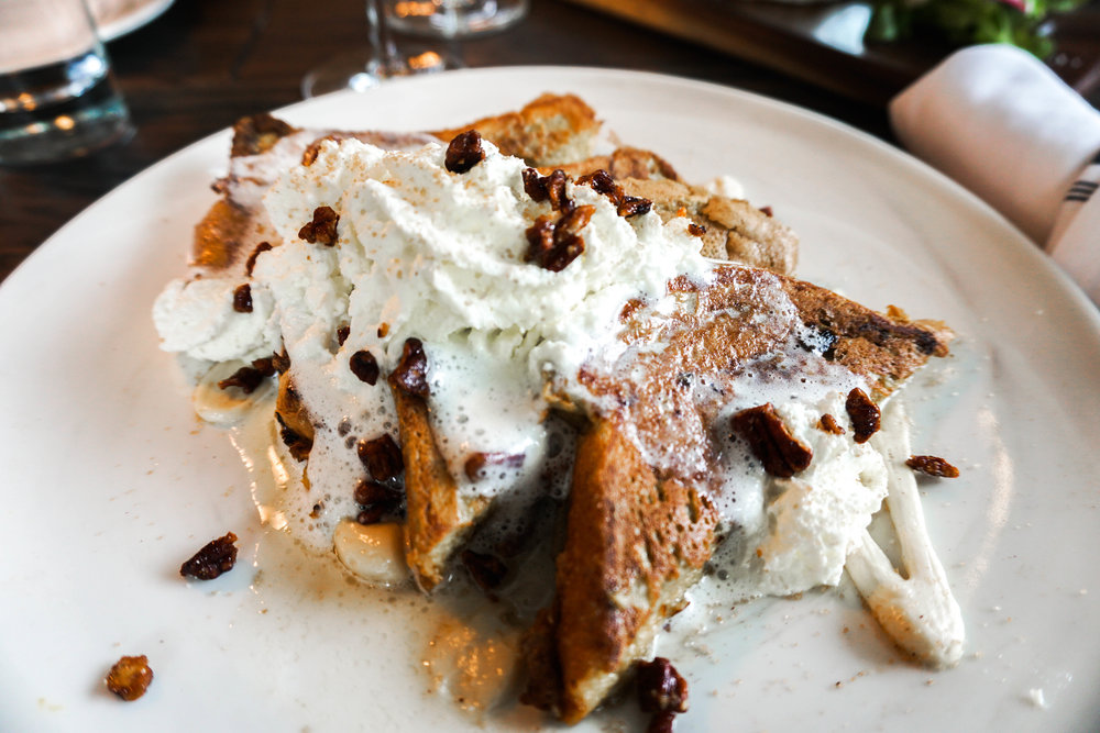 Louis-wine-bar-brunch-french-toast.jpg