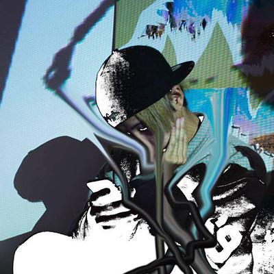 ゴッドスコーピオン / メディアアーティスト  1990年生まれ。渋家、Psychic VR Lab所属。メディアアーティスト。魔術、テクノロジー、時間軸、空間軸のフレームの変化をテーマに、ラボラトリー、チームと共に作品を製作。主な作品に2014年度文化庁若手クリエイター育成事業採択『Stricker』。DJVR空間ジョッキー『Spatial Jockey』東京リチュアル、バンギ・アブドゥル氏との共作でVRリチュアル作品『NOWHERE TEMPLE Beta』。小林健太、中里周子との展示『ISLAND IS ISLANDS』にて『ISLANDS』。画家小田島等、漫画家ひらのりょうとの共作で『YouとHere』。chloma 2016-17 A/W Visual Art (VR)。KYOTO EXPERIMENT 2016 篠田千明『zoo』においてVR Directorなど