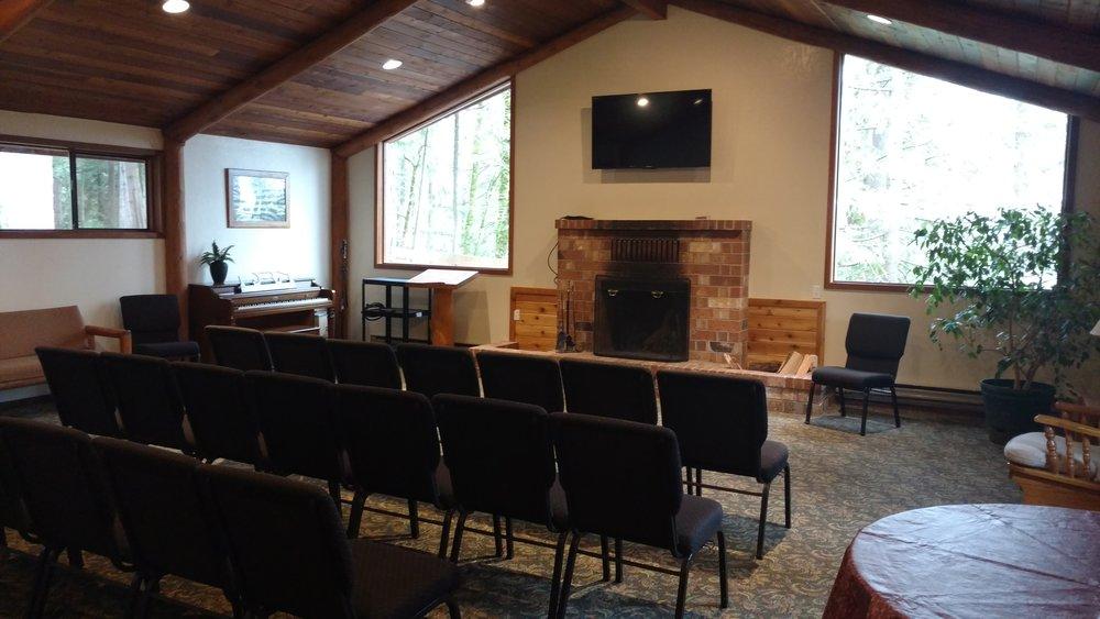 Chapel Mtg. Room (2).jpg