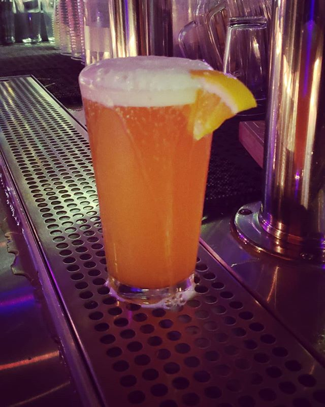 $5 dollar pints all night. . . #doubledutch #16thst #bluemoon #sanfrancisco #missiondistrictsf