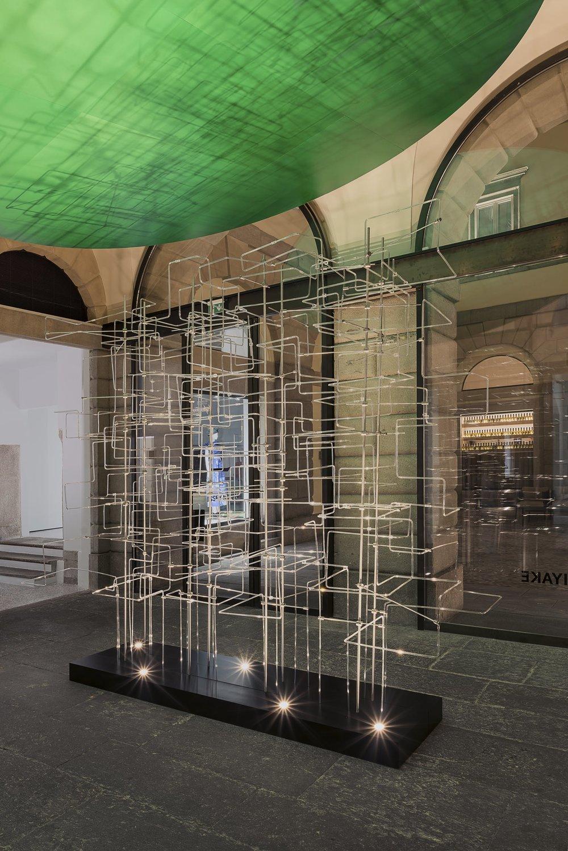 Installation by Jólan van der Wiel. Photography by Valentina Sommariva