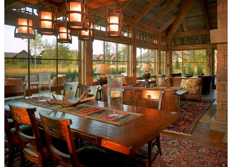2-dining-room-toward-living-room-seating.jpg