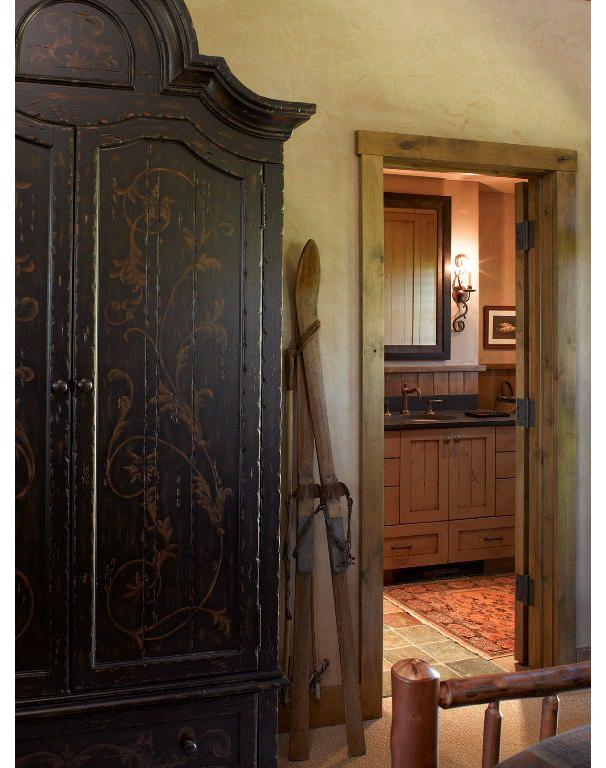 7-bedroom-4-toward-bathroom-576x768.jpg