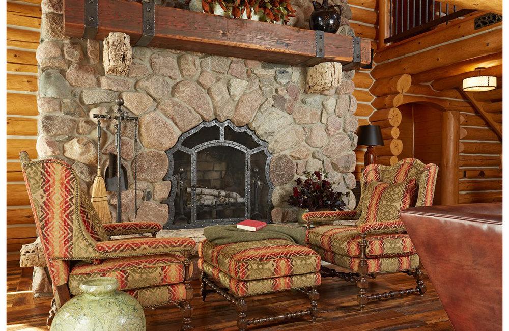 Lodge_livingroom-v1_lrg-1152x768.jpg