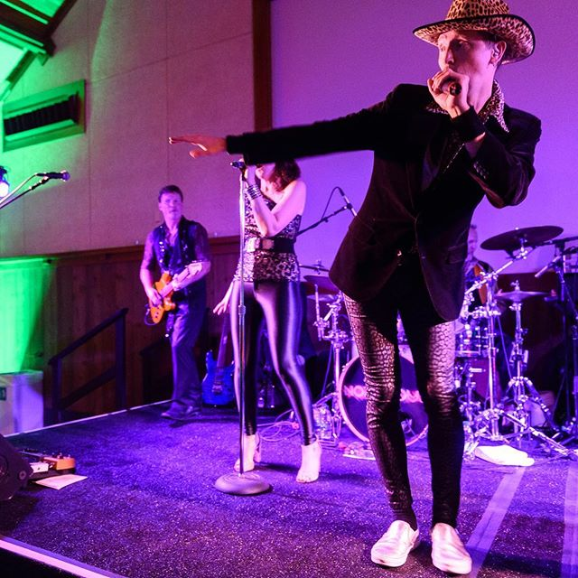 This is what a Wednesday feels like for us! Pure celebration and awesome outfits. And most importantly we're halfway to the weekend! This a picture from the @sfzoo2 Fur Ball last Friday. What are your plans for this Friday? #notoriousrocks . . . . #furball #sfzoo #fubdraiser #gala #fun #dance #sing #drink #boogie #boogienights #leopardprint #danceallnight #danceband #coverband #partyband 📷: @drewaltizerphotography