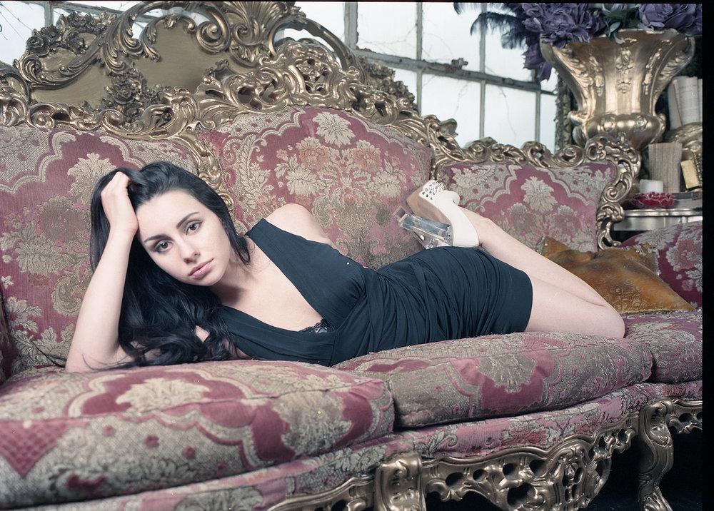 Angelina Astarte : Portra 400