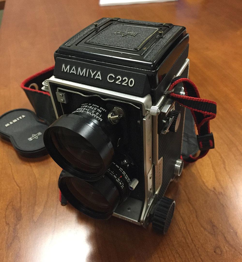 Mamiya C220 Camera 2.jpg