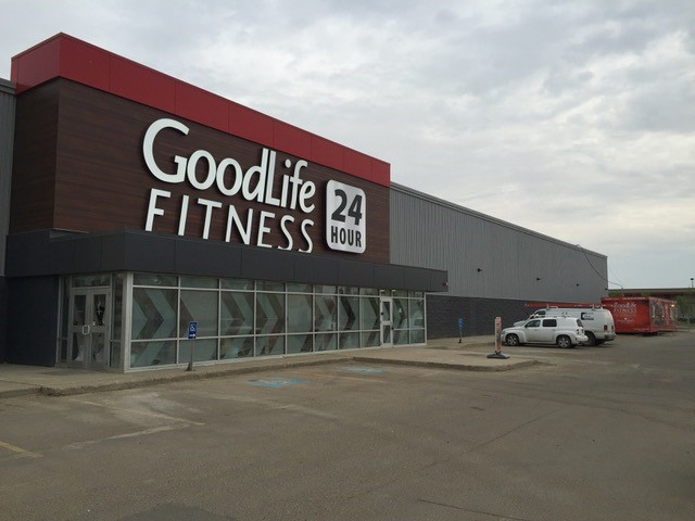 Job Name:  GoodLife Fitness - Clairview   Contractor:  Trigon   Description:  What was once the old Empire Theatre building in Clairview, was transformed into the new GoodLife Fitness. The space has your to be expected gym facilities, as well as additional spaces for a hot yoga studio, spin classes and massage chairs.