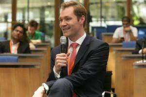Julius van de Laar moderierte den Workshop zu Digital Activism