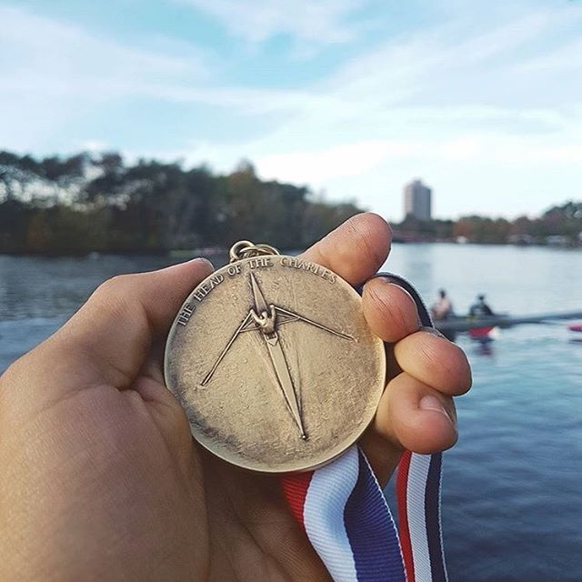 Congratulations to CofC Crew alum Luke Rein for winning the men's club single at Head of the Charles!  #repost @boatporn