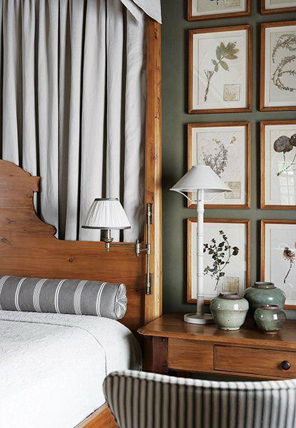 Botanical_Prints_In_Bedroom