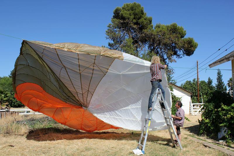parachute2013.jpg