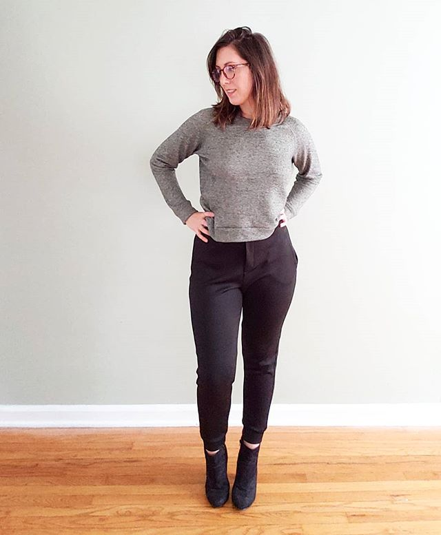 Welp, I've officially taken my new wardrobe sewing obsession over to a dedicated feed @patternscout! Join me there while I build my handmade #workfromhomewardrobe! I just finished two pairs of pants and another top, and I'm currently planning my next project 💡🤓
