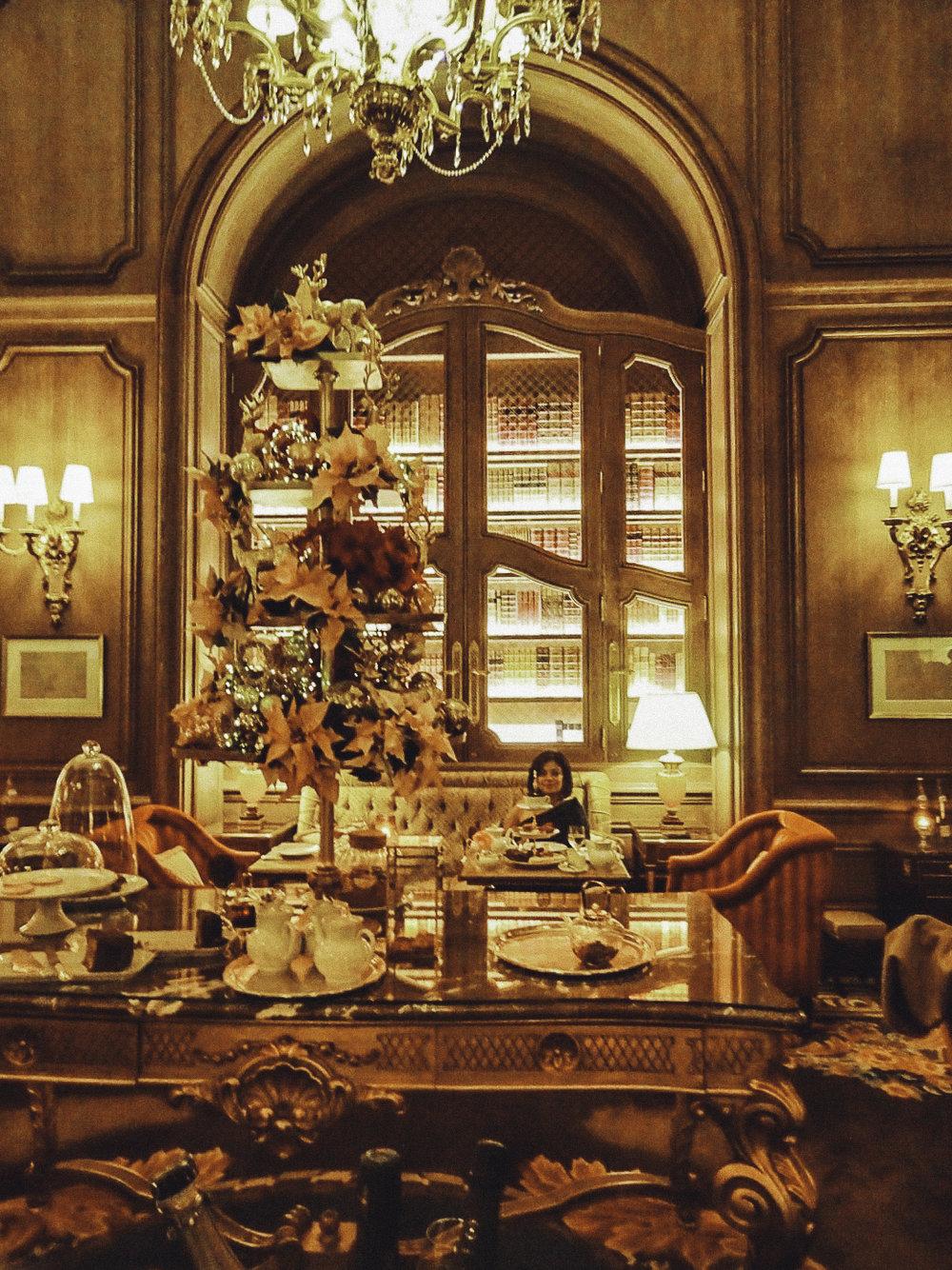 High tea at the Ritz is  Merveilleux !