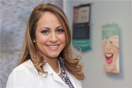 Dr. Liany Farinas-Han