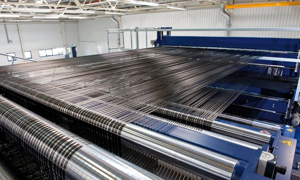bmw-carbon-fiber-factory.jpg