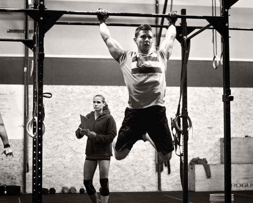 CrossFit Classes - M/W: 530am, 630am, 9AM, Noon, 330Pm, 430PM, 530Pm, 630PMT/Th: 530am, 630 AM, 9am, Noon, 430PM, 530PM, 630pmF: 530am, 9am, noon, 330pm, 430pm, 530pmSat: 9am