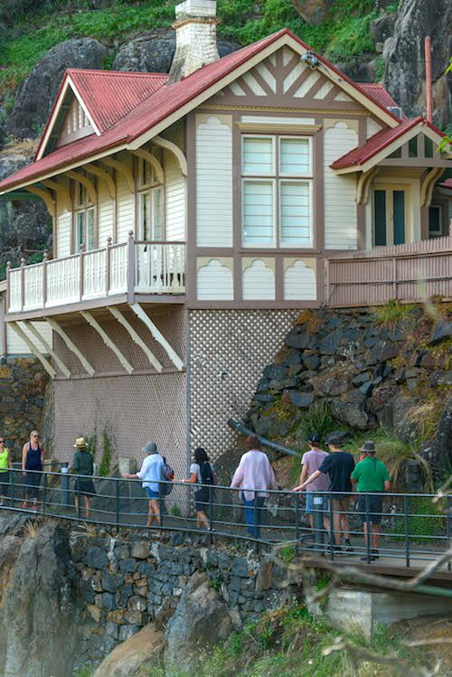 Walk Cataract Gorge - bookkeepers cottage