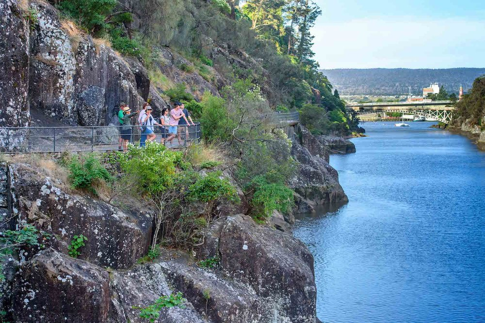Walk Cataract Gorge - Kings Bridge