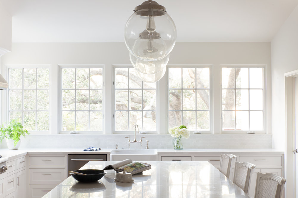megan bachmann interiors white kitchen.jpg