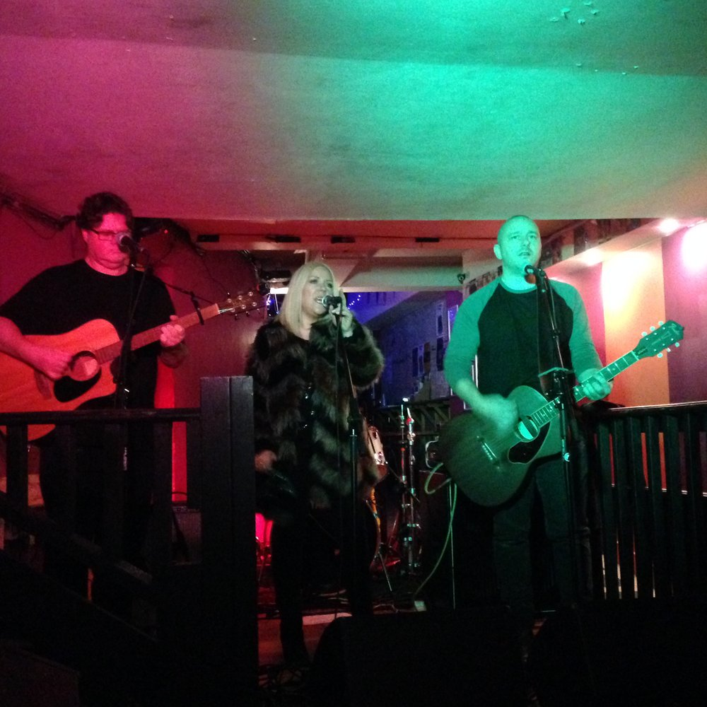 THE DARLING BUDS - ODD BOX FUNDRAISER