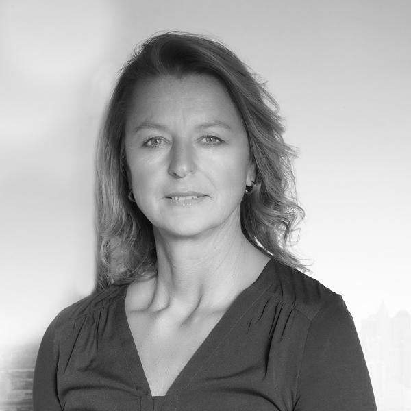 Bettina Henschel - Geschäftsleitung