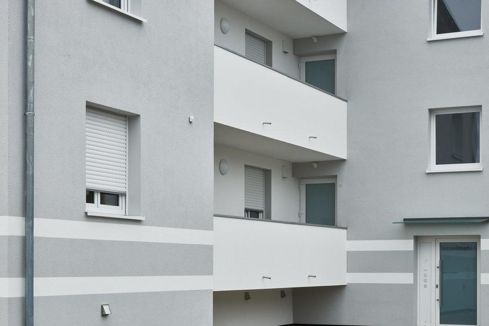 Malerie Aigner Mehrfamilienhaus6.jpg