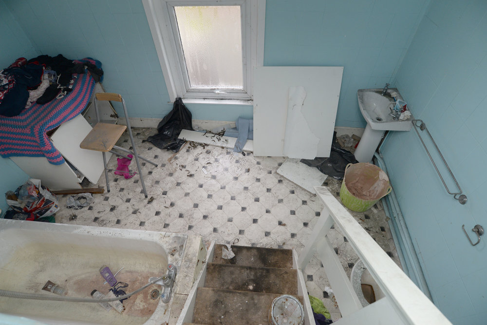 *HMO Heaven Refurbishment Service - Clytha Squar…wport Before185.JPG