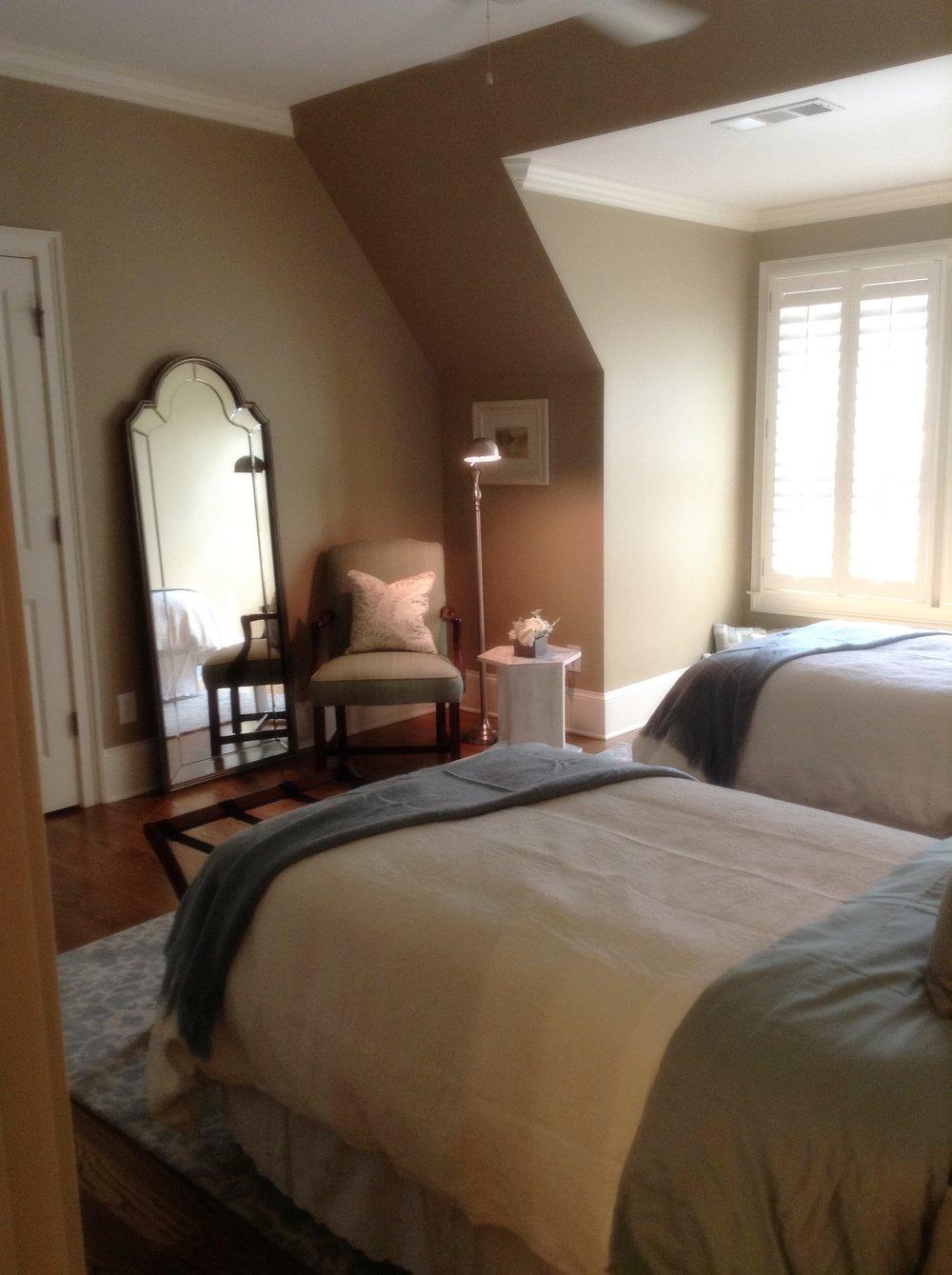 Dooley Guest Room