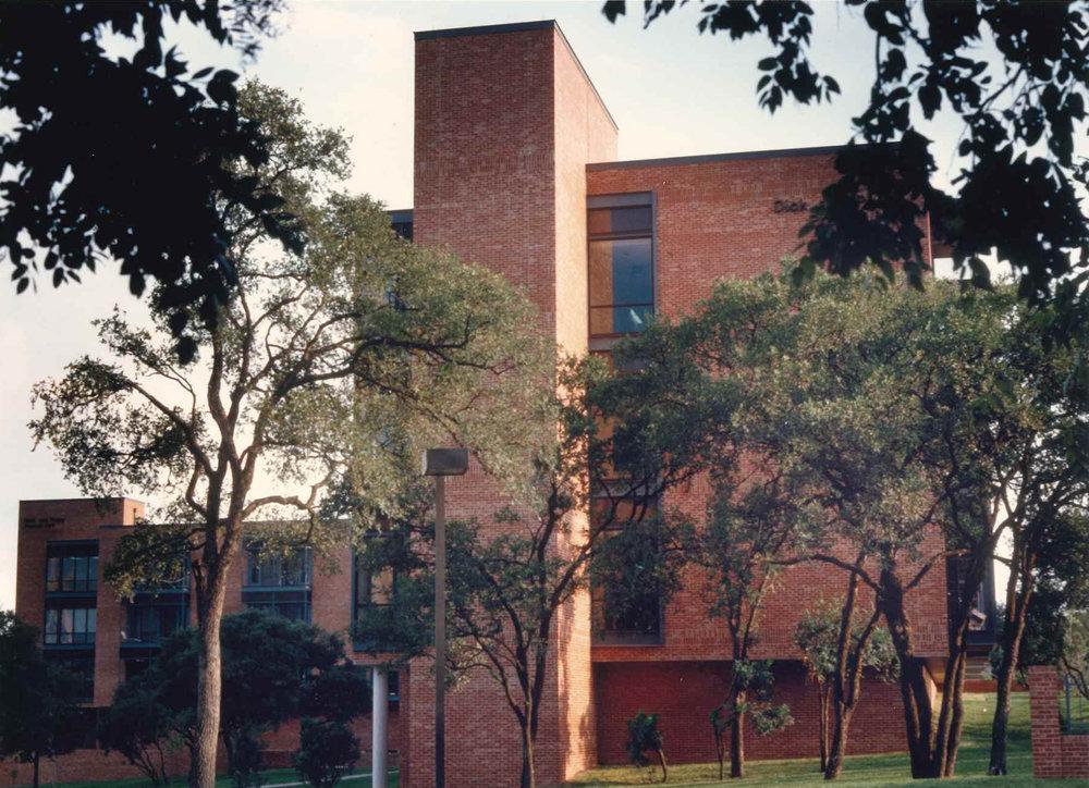 Prassel Dormitory 1.jpg